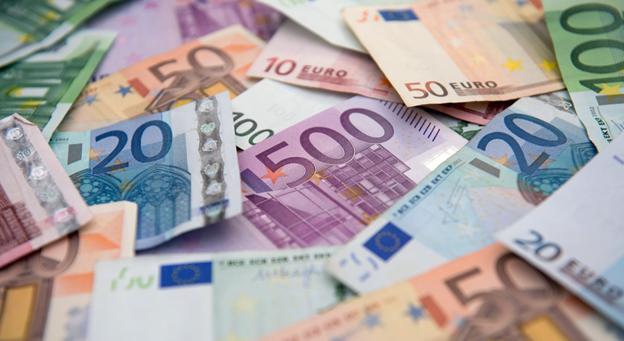в какой валюте хранить деньги